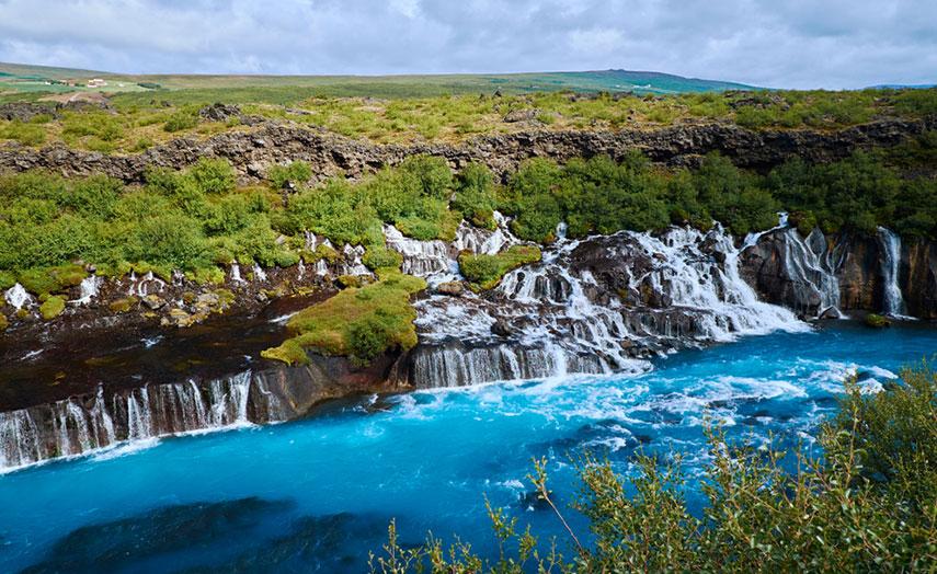 Hraunfossar Wasserfall Island